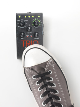 Trio band creator shoe medium