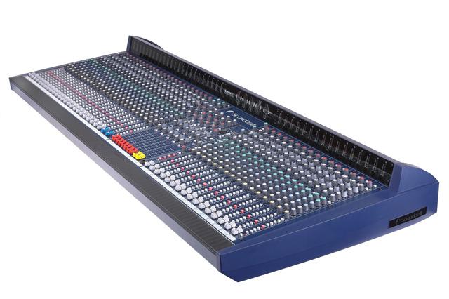 Soundcraft live 8 angle large
