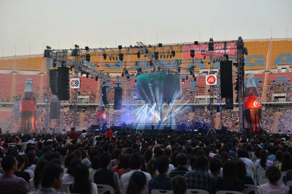 Ten Years After Audio Ensures Every Voice is Heard with HARMAN's JBL VTX Line Arrays and Crown VRack Amplification Systems