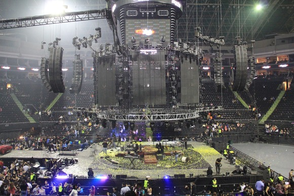 A System Fit for A King: HARMAN's JBL VTX and Crown I-Tech HD Deliver 360-Degree Sound for Romeo Santos at Arena Monterrey