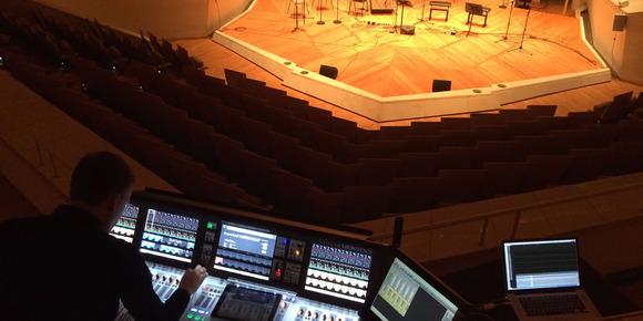 在 Vi6 和 Studer Vista 9 之后,Soundcraft Vi3000 也加入了柏林爱乐乐团的室内音乐厅