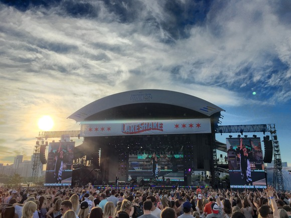 JBL by HARMAN Delivers Amazing Live Sound at Chicago's LakeShake Country Music Festival