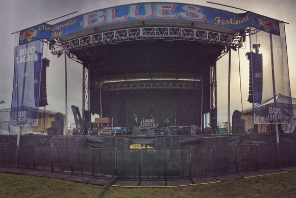 JBL by HARMAN VTX Series Helps Chesapeake Bay Blues Festival Overcome the Elements