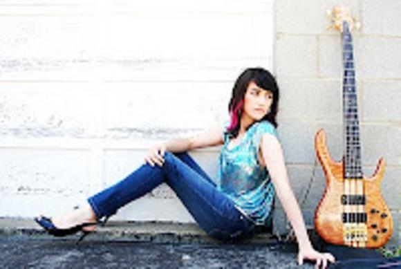 Bassist Amanda Ruzza Finds Unique Sonic Uses for the Lexicon® LXP Native Reverb Plug-In Bundle