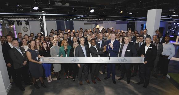 哈曼专业音视系统于伦敦的 EMEA 总部开设了一家全新体验中心