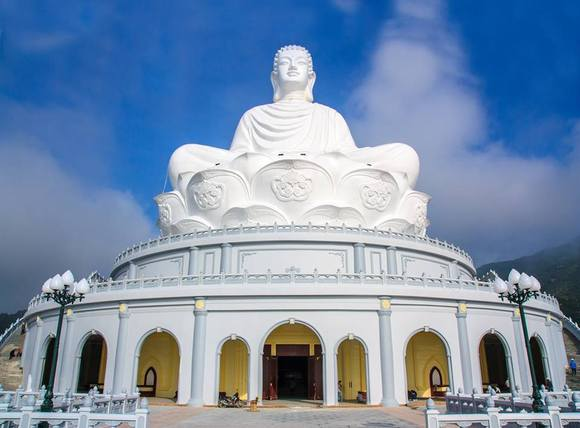 HARMAN Professional Solutions Delivers An Immaculate Audio Experience at Linh Phong Spiritual Dharma Complex