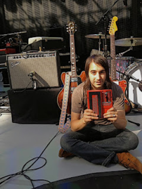 New DigiTech Whammy Pedal Is Pivotal for Guitarist Jason Roberts On Norah Jones' Little Broken Hearts Tour