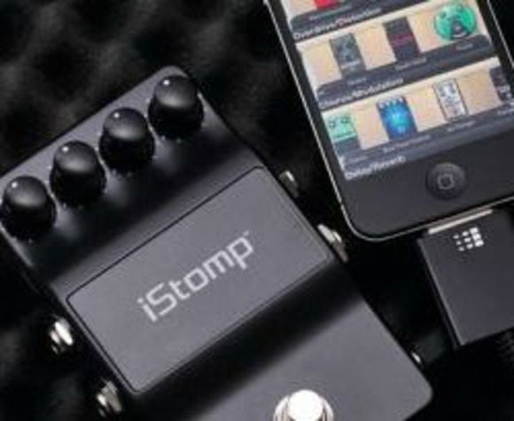 DigiTech iStomp Receives Platinum Award from Guitar World Magazine
