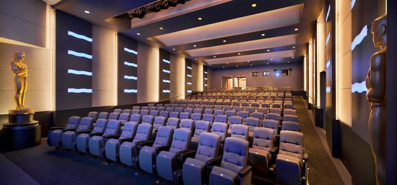 JBL ScreenArray® and VRX Series Loudspeakers Show Their Star Quality at the Academy Theater at Lighthouse International In New York
