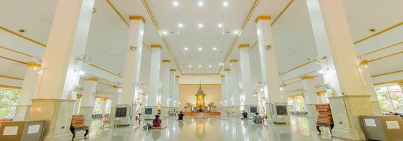 曼谷巴吞哇那南寺