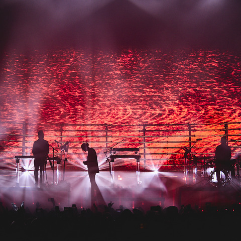 RÜFÜS DU SOL's Solace Tour Lights up Stages Worldwide with Martin by HARMAN