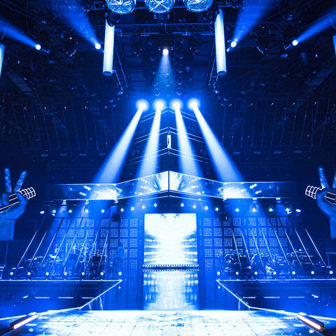 The Voice of Poland Hits a High Note on Prime Time With Martin Professional MAC Aura PXL Fixtures