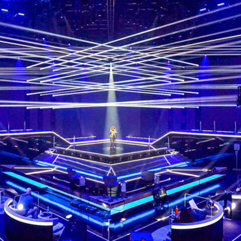 Starmania 21 Makes a Spectacular Comeback With Dynamic and Expressive Lighting from Martin Professional