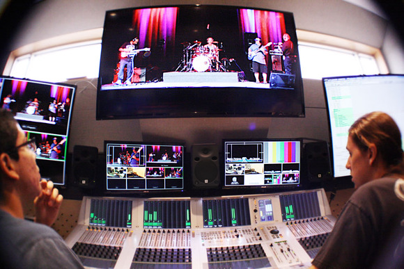CRAS Sets Broadcast Audio Students on the Right Track with HARMAN Studer Vista Consoles and JBL Professional LSR6300 Studio Monitors