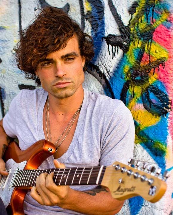 "Guitar Virtuoso Bryan Baker On DigiTech Whammy DT: ""It's An Instrument In Itself"""