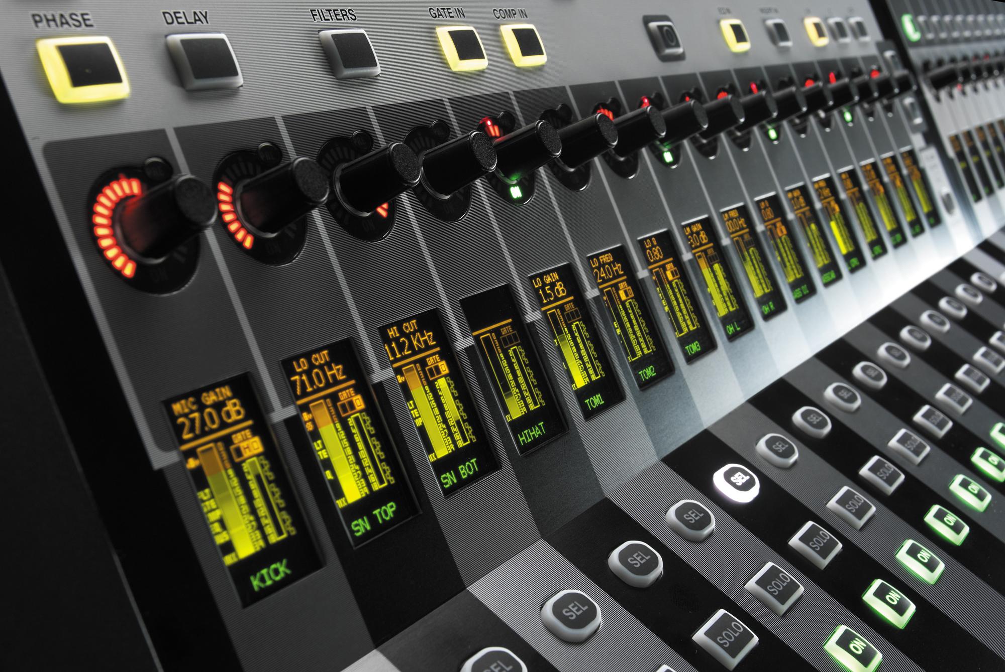 Si3   Soundcraft - Professional Audio Mixers